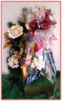 """HOLIDAY GREETINGS"" Gift Basket Share the joy of the holiday season!"