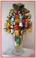 """HOLIDAY CHEER"" Sundae Arrangement Who could resist this tempting combination of sweets and eye appeal?"