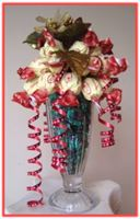 """CHRISTMAS AMARETTO"" Sundae Arrangement"