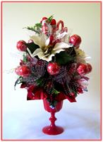 """WHITE POINSETTIAS"" Candy Bouquet"