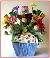 """A CUP CAKE""  Candy Bouquet"