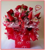 "‎""HAPPY VALENTINE'S DAY""  Candy Bouquet"