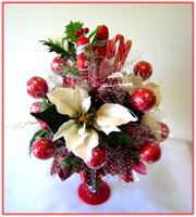 """WHITE POINSETTIA"" Candy Bouquet - Top view"