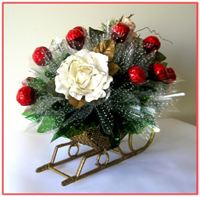 """GOLDEN SLEIGH"" Candy Bouquet - Top view"