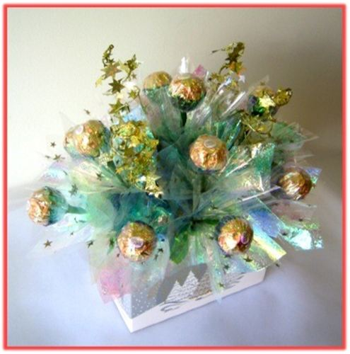 white christmas candy bouquet top view - Christmas Candy Bouquet